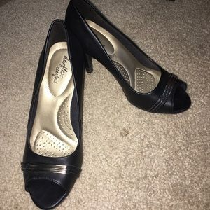 Black, open toe, 2 inch heel